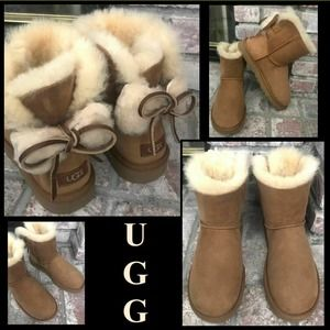 UGG Dbl  Bow Suede Lined Sheepskin Ankle Boot Sz 7